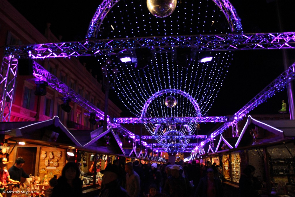 Marché de Noël Nice, Côte d'Azur - Noël 2015 - Jardin Albert 1er - Illuminations de Noël Nice - Place Masséna - Blog Mister Riviera - Photo Mickaël Mugnaini