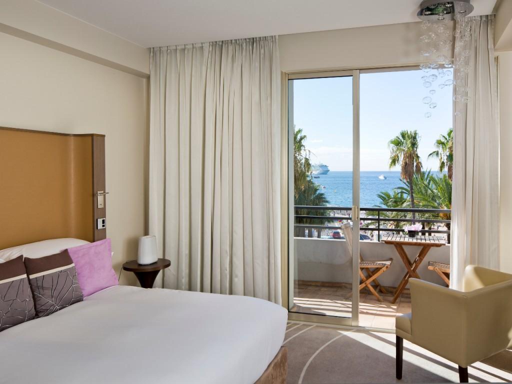 Hôtel Radisson Blu 1835 à Cannes, Côte d'Azur - Chambre avec vue Mer - Hébergement au coeur de la French Riviera - Idéal pour la Saint-Valentin ou le Festival de Cannes - Blog Mister Riviera 2016