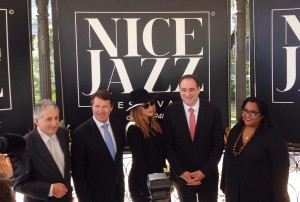 Christian Estrosi annonce le programme du Nice Jazz Festival 2016 avec la marraine Melody Gardot, Frederica Randrianome et Sébastien Vidal - Photo Mister Riviera Blog 2016