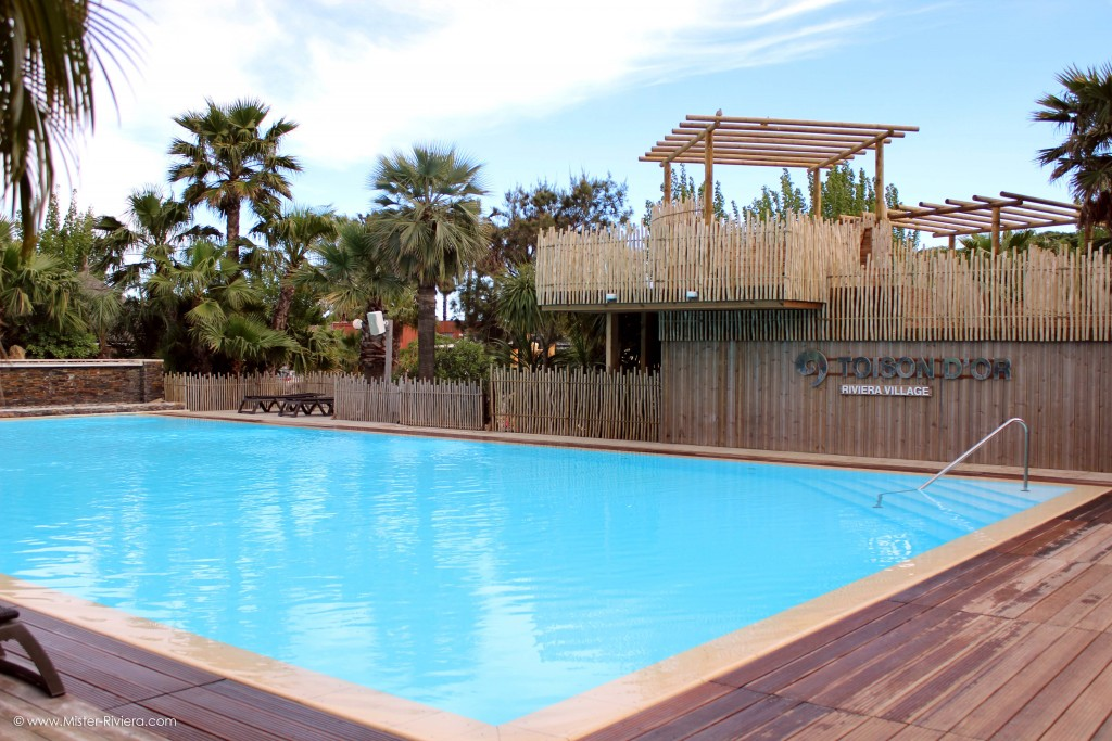 La toison d 39 or dans le golfe de saint tropez for Camping saint tropez avec piscine