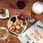 Bar à Nice - Le Bazar Café et sa terrasse au soleil sur la zone piétonne - Happy hour et buffet de tapas Côte d'Azur - Blog Mister Riviera 2016