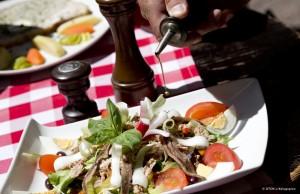 Blog Nice - Label Cuisine Nissarde 2016 - Restaurants sur Nice et la Côte d'Azur où manger la cuisine niçoise - Salade niçoise, tourte aux blettes, raviolis - J. Kelagopian - Blog Mister Riviera 2016