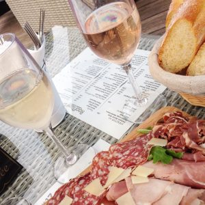 rooftop-17-hotel-monsigny-a-nice-apero-toit-terrasse-centre-ville-de-nice-quatier-liberation-cocktail-par-yannick-milazzo-blog-mister-riviera-2016-blog-nice-cote-dazur