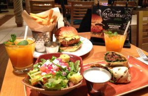 hard-rock-cafe-nice-formule-vegetarienne-ephemere-sur-la-cote-dazur-vegan-food-french-riviera-restaurant-hrc-nice-blog-mister-riviera-2016