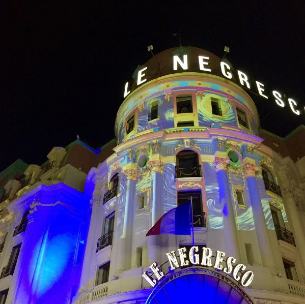 nicepromlights-par-gaspare-di-caro-hotel-le-negresco-promenade-des-anglais-noel-a-nice-cote-dazur-blog-mister-riviera-2016-photo-ale_monaco98000