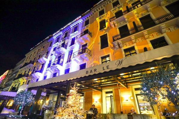 nicepromlights-par-gaspare-di-caro-hotel-westminster-nice-promenade-des-anglais-noel-a-nice-cote-dazur-blog-mister-riviera-2016-photo-enpassantparlariviera