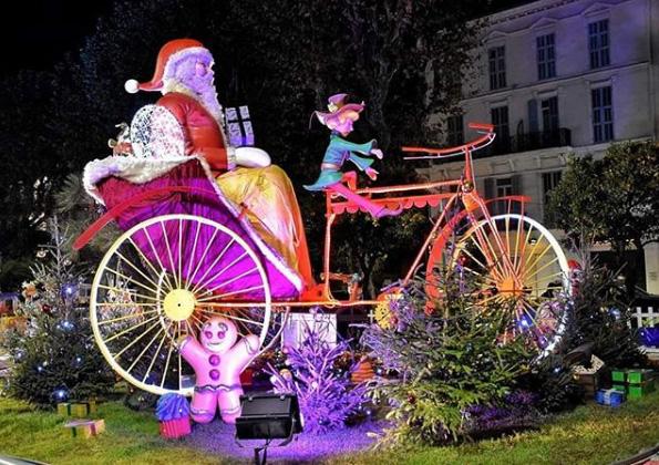Noël à Menton, Côte d'Azur France – Photo : @kinou_st_